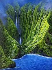#Hawaii #Waterfall, #Molokai #Wallpaper (collin.baptiste40) Tags: hawaii waterfall molokai wallpaper