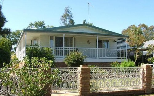 62 Hinds Street, Narrabri NSW