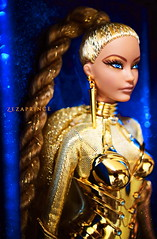 ✨🌟💫 Golden Galaxy 💫🌟✨ (️ Zezaprince ️) Tags: golden galaxy barbie doll zezaprince us convention 2017