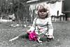 lara...doll in garden (www.infografiagijon.es) Tags: wwwinfografiagijones infografia gijon astur asturias asturies xixon hernancad canon eos5d markii blanco negro black white bw bn people gente childrens niña girl child kids