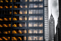 Buildings (R.o.b.e.r.t.o.) Tags: newyorkcity nyc manhattan statiunitidamerica unitedstates usa grattacieli skyscrapers cityscape paesaggiourbano city skyline windows lights