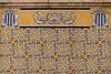 Mercat Central de València (michael_hamburg69) Tags: valència spain spanien valence espagne españa mercadocentral markt markthalle market azulejo tile tiles kachel kacheln gelb yellow floral pattern mercadodecolón