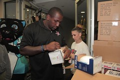 """thomas-davis-defending-dreams-foundation-thanksgiving-at-lolas-0098 • <a style=""""font-size:0.8em;"""" href=""""http://www.flickr.com/photos/158886553@N02/37042945201/"""" target=""""_blank"""">View on Flickr</a>"""