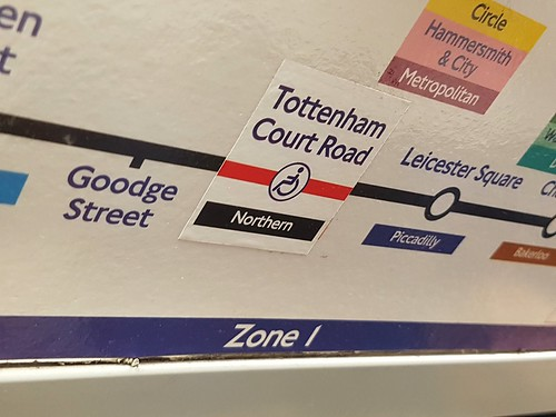 Wrong colour Northern Line sticker