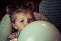 (Liza Williams) Tags: birthdaygirl child toddler beautifulbaby beautiful birthday balloon blueeyes blue eyes cake baby