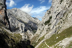 Descending From The Mountains. (Alan1954) Tags: spain bulnes mountains poncebos holiday 2017 picosdeeuropa