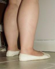 Gigi (1177) (Duke of Slippers) Tags: pantoffel ballettschuhe pantoffeln schuhe fusfetisch μπαλέτο παπούτσια πόδι balett cipő pantofole scarpette ballerina piedi gambe scarpe ballett sko kapcie baletowe baletki sapatilhasdebalé sapatilhas tattoo balet pantofi фетиш обувь балетные тапочки zapatillas bailarinas tofflor balettskor boty hakken voeten baletti tossut kengät manoletinas pieds pantoufles chaussures talons hauts ballerines cvicky schlappchen sabrinas souliers ballet slippers shoes balletslippers balletshoes gymnasticshoes gymnasticslippers nature animals legs thighs boobs cleavage feet foot fetish flats footwear toes slipperttes soft moccasins