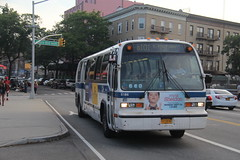IMG_1328 (GojiMet86) Tags: mta nyc new york city bus buses 1999 t80206 rts 5186 q101 steinway street astoria blvd