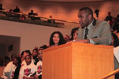 "thomas-davis-defending-dreams-foundation-key-to-city-0032 • <a style=""font-size:0.8em;"" href=""http://www.flickr.com/photos/158886553@N02/36371022563/"" target=""_blank"">View on Flickr</a>"