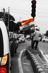 Happy Independence Day! (ZeePack) Tags: iphonography iphone trafficsignal independenceday india flag street