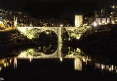 Toledo, Castilla la Mancha. España (:) vicky) Tags: toledo castillalamancha río tajo puente sanmartín spain night nocturna nocturnas reflejos reflections vickyepla olympus olympusdigitalcamera