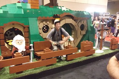 Lifesize LEGO Hobbit House (splinky9000) Tags: fan expo toronto canada lego booth the hobbit an unexpected journey bagend bilbo baggins house lifesize model dwarves statue gandalf grey wizard balin