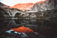 Alpenglow and reflections (kevingomes1) Tags: lake reflections sunset nature sunlight outdoor outside austria mountain peak alps hiking wilderness alpen alpenglow alpine wanderlust mirror mountainscape drachensee ehrwald coburger hütte