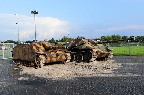 Jagdpanther & Sturmgeschütz