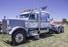 untitled-39 (myhotrod9) Tags: bigrig bobtail conventional kw kenworth largecar semi semisbigrigs topgunlargecarshootout2017 transportation