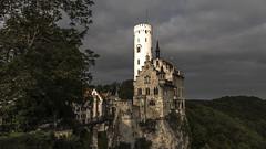 Pure merveille... (Fred&rique) Tags: lumixfz1000 raw hdr photoshop badenwürttemberg chateau lichtenstein paysage architecture allemagne