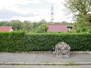 Verblühter Sessel / Wilted Armchair