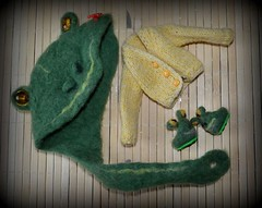 https://www.etsy.com/shop/KalinowyGaj (pe.kalina) Tags: doll dollhouse miniature handmade felted hat frog shoes blythe barbie momoko