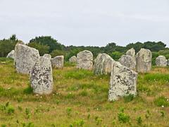 Les Menhirs de Carnac # 2 (schreibtnix on 'n off) Tags: reisen travelling europa europe frankreich france bretagne brittany breizh carnac menhire menhirs alignementduménec olympuse5 schreibtnix
