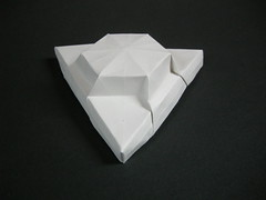 Triangular lid (Mélisande*) Tags: mélisande origami box hexagon barbarajanssenfrank
