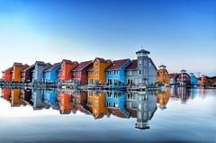 Groningen - Casas Coloradas (Ventura Carmona) Tags: nederland thenetherlands paisesbajos groningen puerto colores reitdiephaven venturacarmona