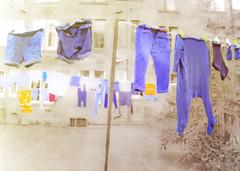 laundry day (Hal Halli....happy everything!!) Tags: laundry clothesline glasgow scotland city uk wallart urban netartii shockofthenew sharingart art