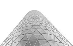 """Frankfurt - Westhafen Tower - """"das Gerippte"""" (stefanfricke) Tags: frankfurt westhafen tower gerippte lookingup highkey blackwhite sony ilce7rm2 sel1635z architecture triangle dreieck"""