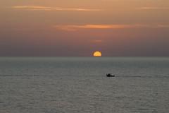 classic sunset (Antonio Martorella) Tags: antomarto ntomarto italia italy sicilia sicily tramonto sunset panorama landscape barca ship mare sea orizzonte horizon
