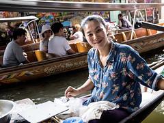 _CON0330a (Gabriele Rodriquez 3,5 millions thanks) Tags: gabrielerodriquez bangokok floatingmarket fuji gfx50s fujigfx50s travel