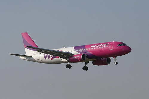 Wizz Air HA-LPO A320 Coventry(5) - Copy