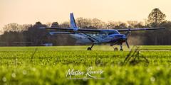 LV-CMD (M.R. Aviation Photography) Tags: cessna caravan208b lvcmd esperanza epz santa fe argentina red bul paracaidismo