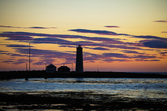 Changing Sunset Colors (wyojones) Tags: iceland lighthouse beach grótta seltjarnarnestown reykjavik spit seltjarnarnespeninsula northatlantic faxaflóibay björk stonemilker musicvideo wyojones