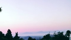 #pink #sunsets #view #horizon #sky #skyporn #islands (vanpappa23) Tags: sky pink horizon sunsets islands skyporn view