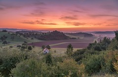 *The Finten chapel at dawn* - *Die Finten-Kapelle im Morgenrot* (Albert Wirtz @ Landscape and Nature Photography) Tags: albertwirtz landscape landschaft bergweiler wittlichersenke valleyofwittlich wittlichvalley wittlich rheinlandpfalz rhinelandpalatinate morgenstimmung morningmood morgenlicht goldenhour goldenestunde blauestunde bluehour deutschland germany nikon langzeitbelichtung longexposure morgenrot alpenglow rosa purple finten fintenkapelle thechapel diekapelle diekapelleimtal chapel kapelle natur nature natura morningglow twilight moseleifel eifelmosel südeifel eifel eifelsteig wandern hiking summer sommer dawn morningred ermita thewanderlust valleyofthemorningmist taldermorgennebel