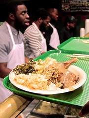 "thomas-davis-defending-dreams-foundation-thanksgiving-at-lolas-0067 • <a style=""font-size:0.8em;"" href=""http://www.flickr.com/photos/158886553@N02/36995405786/"" target=""_blank"">View on Flickr</a>"