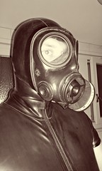 Vintage Latex (heinzkeller804) Tags: latex latexslave gasmask s10 rubber rubbersuit fetish bdsm