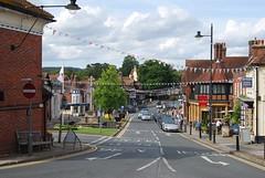 Haslemere (J_Piks) Tags: streetlighting streetlights lampposts britain uk street road surrey eu