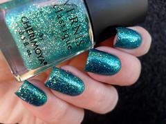 Drica - Pegada + Cherimoya - Mermaid Trail (Barbara Nichols (Babi)) Tags: cherimoya drica pegada mermaidtrail mermaid sereia verde esmalteverde green greennailpolish greennails glitter
