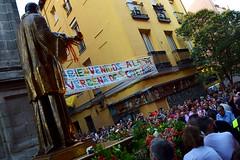 San Cayetano Procession, Madrid (Nicolay Abril) Tags: verbenasdesancayetano sancayetano díadesancayetano fiestasdesancayetano sancayetanofestivities procesión procesiones procesiónreligiosa procession processions religiousprocessions calledeloso calledelosomadrid calledelosodemadrid sancayetanocalledeloso calledeembajadores calleembajadores embajadoresmadrid ancayetano verbena verbenas festivities festivity fiestasdeagostodemadrid fiestasdeagosto bienvenidos parade desfile streetphotography fotografíaurbana peopleoftheworld gentedelmundo gens gente personas people persone leute laiglesiadesanmillánysancayetano iglesiadesanmillánysancayetano iglesiadesancayetano sancayetanochurch españa spain espagne spagna spanien madrid ferias feriasdeespaña feriasyfiestas fiestasdeespaña spanishfestivities cañí españacañí