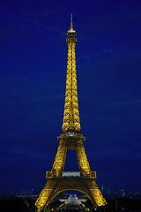 Eiffeltower (BossAL) Tags: eifeltoren frankrijk parijs france paris eifeltower avond evening lights