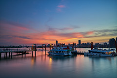 Taipei Sunset (yiming1218) Tags: 大稻埕 大稻埕碼頭 火燒雲 landscape evening 風景 台北 台灣 taipei taiwan dadaocheng wharf sunset ilce7rm2 sony loxia2821 carlzeiss loxia loxia21 21mm f28 zeiss a7rm2 fe 夕陽 a7r2 cityscape city eveningglow redsky