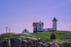 _DSC2101 (EasyandMe(新手上路中~)) Tags: sea shore ocean beach seaside lighthouse newengland maine mainecoast coast sky