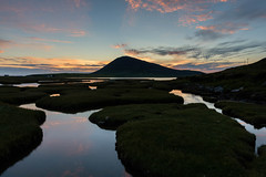 ceapabhal sunset (Derek Robison) Tags: lewis harris ceapabhal reflection lewisandharris isleofharris scotland uk