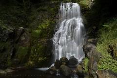 Cascade de Magenta, vallée de Lesponne. (G. Pottier) Tags: cascadedemagenta magenta lesponne valléedelesponne adour hautadour hautespyrénées bigorre poselongue longexposure