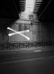 (preston gervais) Tags: blackandwhite bnw noir monochrome toronto ontario canada 2017 preston gervais artist photo design city urban street streetphoto