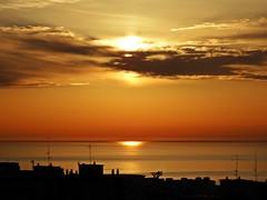 Colores del amanecer (Antonio Chacon) Tags: andalucia amanecer marbella málaga mar mediterráneo cielo costadelsol españa spain sunrise