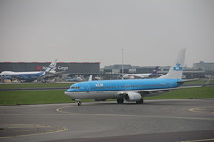 KLM Boeing 737-800 PH-BXL , Schiphol airport 05.09.2017 (szogun000) Tags: amsterdam netherlands nederland aviation airport schiphol ams eham aircraft airplane plane jet jetliner airliner passenger boeing b737 boeing737 boeing737800 klm royaldutchairlines phbxl noordholland northholland canon canoneos550d canonefs18135mmf3556is