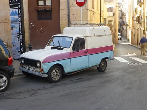 Renault 4 Van_Tarrangona_Spain_Sep17