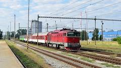 ZSSK Class 754 diesel_Os7502_Martin (SK), Slovakia_150817_01 (DS 90008) Tags: class754 754054 os7502 martinsk slovakia railway railtransport station vrutky dieselloco dieseltraction train track zvolen locomotive locohauled rollingstock europeanrailway