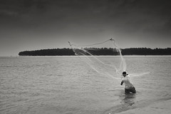 Fishing 1 (Abhi (아비)) Tags: fishing bayofbengal indianocean westbengal india traditional blackandwhite monochrome travel travelphotography fujifilm fuji xe1 fujinon 27mm